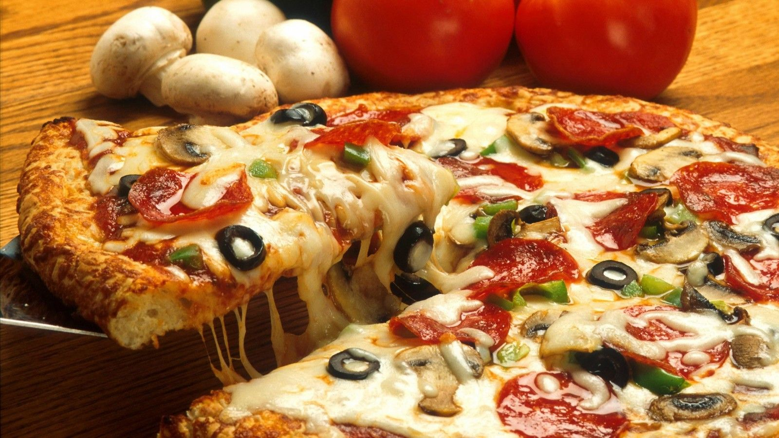 Calgary Restaurants - Pizza Parlour